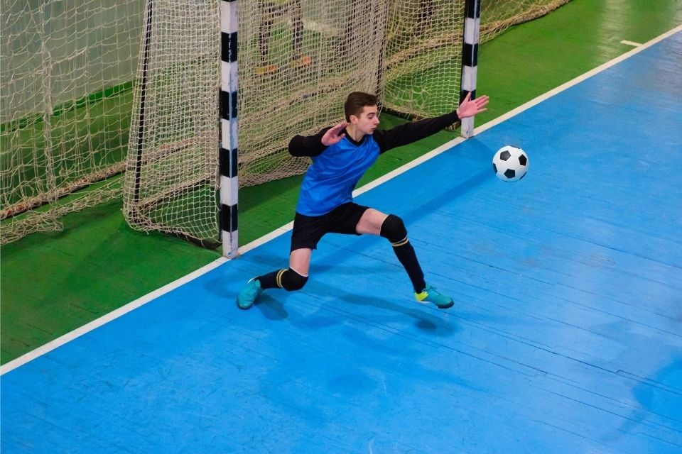 Why Do Futsal Goal Keepers Not Wear Gloves?